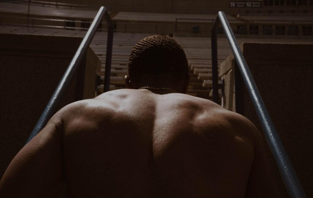 espalda de  hombre