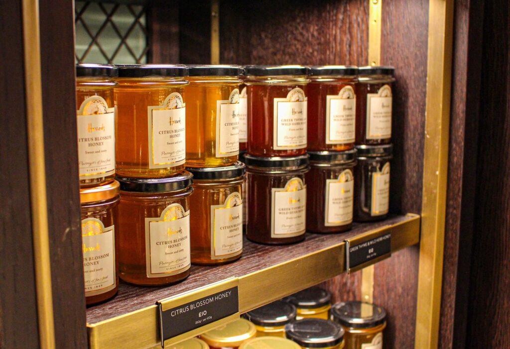 miel de acacia en potes